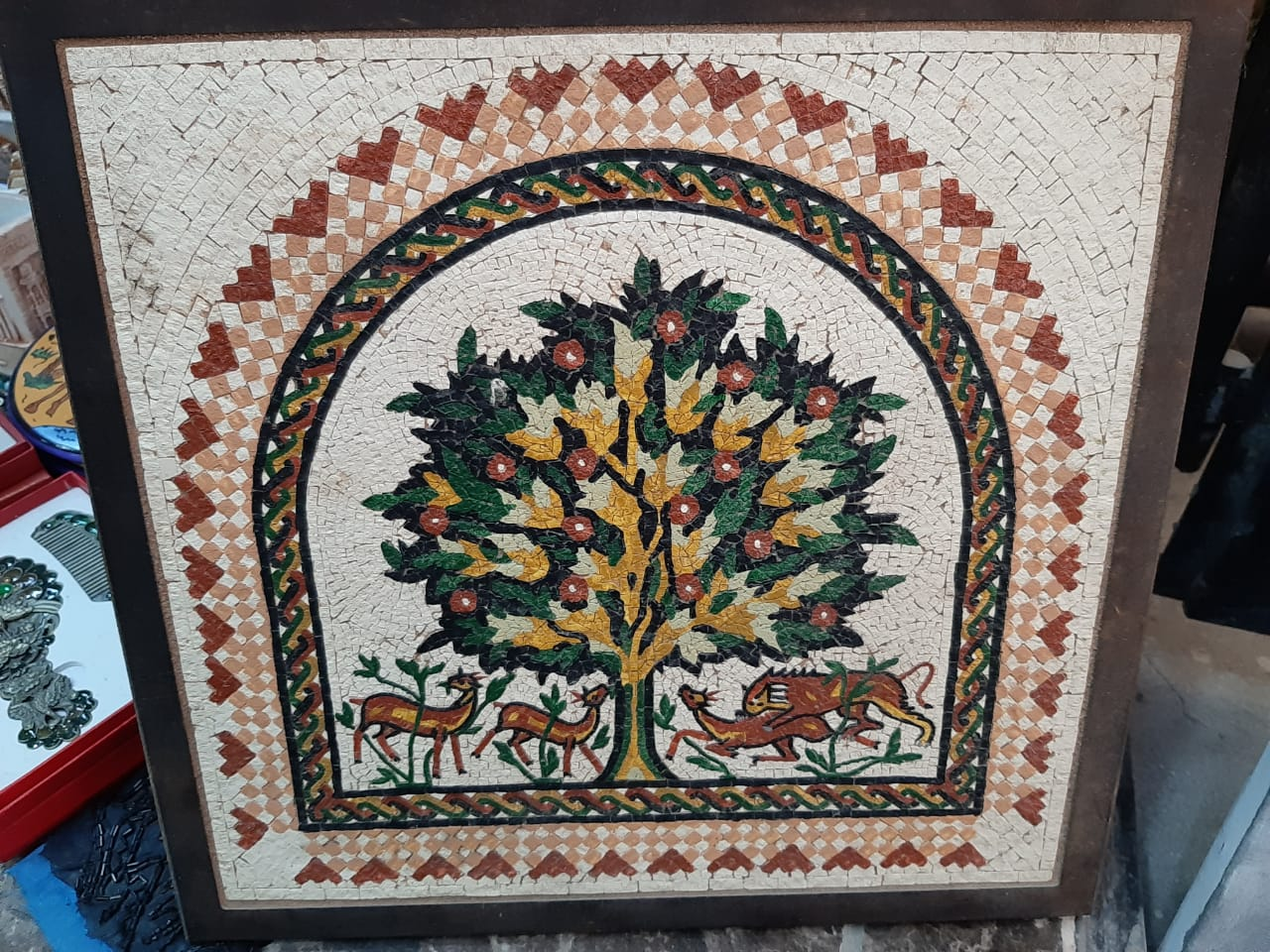 Ashraf Antiques & Handicrafts
