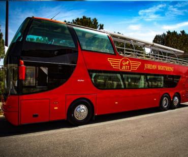 رحلة الباص الأحمر المكشوف- عمان